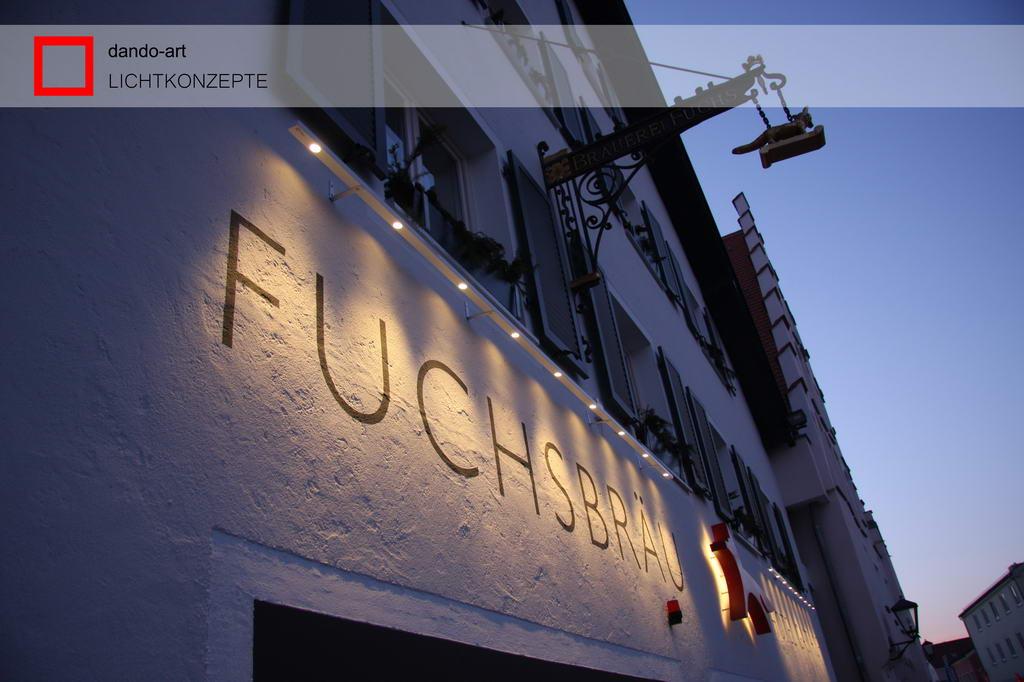 dando-art LED Wall als filigrane Fassadenleuchten