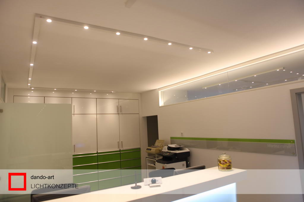 LED Beleuchtung Empfangstheke, dando-art Lichtkonzepte